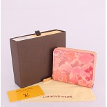 90029 スーパーコピーヴィトン財布 代金引換国内 モノグラム 男性女性 ユニセックス 短い財布  赤い