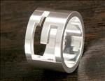 グッチ コピー商品ACGU03266709840810 Gリング【指輪】 スターリングシルバー 032