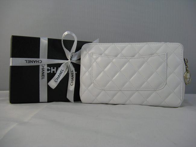 女性 中財布 白い CHANELシャネル 46578 シャネル羊革