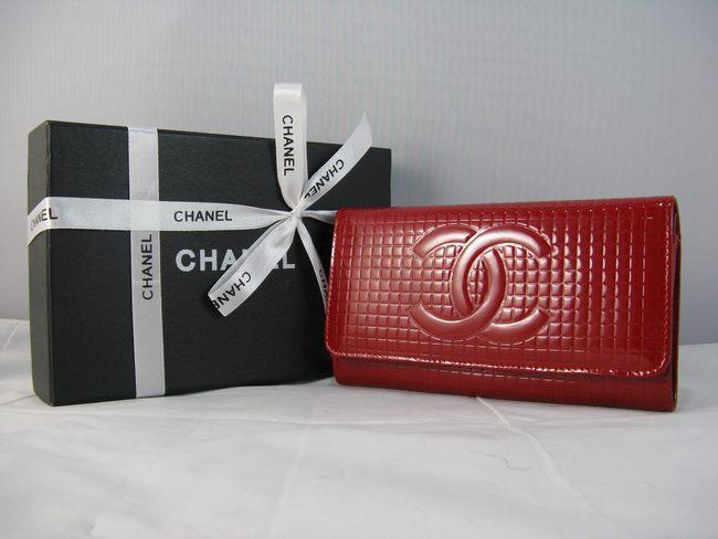 CHANELシャネル 91764 女性 クラッチ財布 シャネルエナメル 赤い