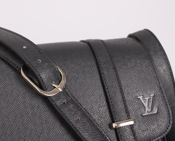 ルイ·ヴィトン Louis Vuitton M32996 メンズ メッセンジャーバッグ ブルー エピ・レザー