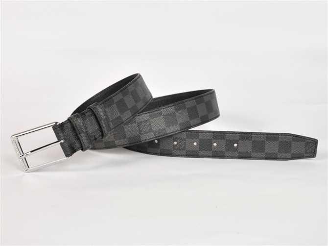 <b> ルイ·ヴィトン Louis Vuitton ダミエ 男性女性 ユニセックス ベルト N3004 ブラック</b>