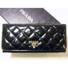 プラダ   アンティークソフト 二つ折長財布(ブラック)1M1132-P53