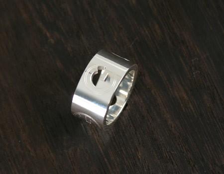品番:ACGU192771J84008106グッチ Gラウンド リング(指輪) スターリングシル