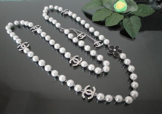 品番:シャネル真珠ネックレス  227シャネル  イヤリングの通販