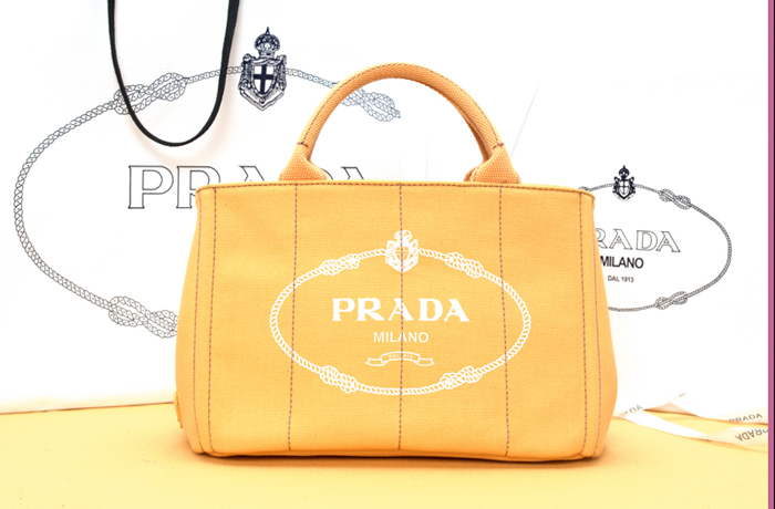 プラダ 2013年春夏新作CANAPAロゴプリント トートバッグ スモール BN2439
