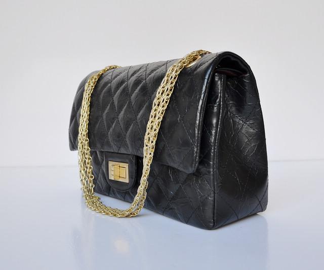 シャネル牛革 ブラック ECS009231 CHANELシャネル 女性 ショルダーバッグ