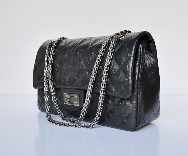 ECS009233 女性 ショルダーバッグ ブラック CHANELシャネル シャネル牛革