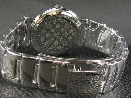 ルイヴィトン   時計ダイヤモンド時計 LV-033