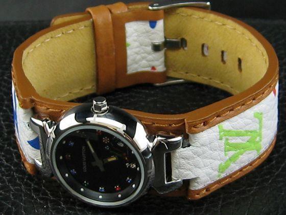 ルイヴィトン   時計婦人用ブラック文字盤 LV-020