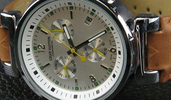 ルイヴィトン   時計シルバー文字盤本革ベルトLV-015