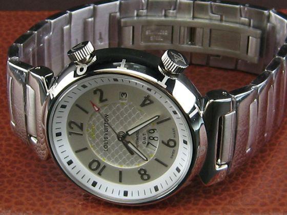 ルイヴィトン   時計GMT自動巻シルバー文字盤LV-012