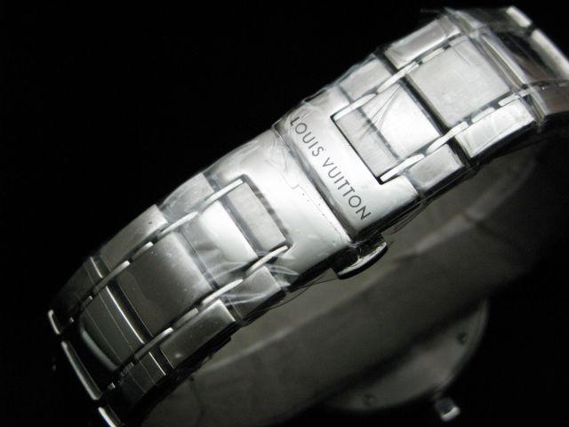 ルイヴィトン  時計 タンブール・GMT LVTG0101