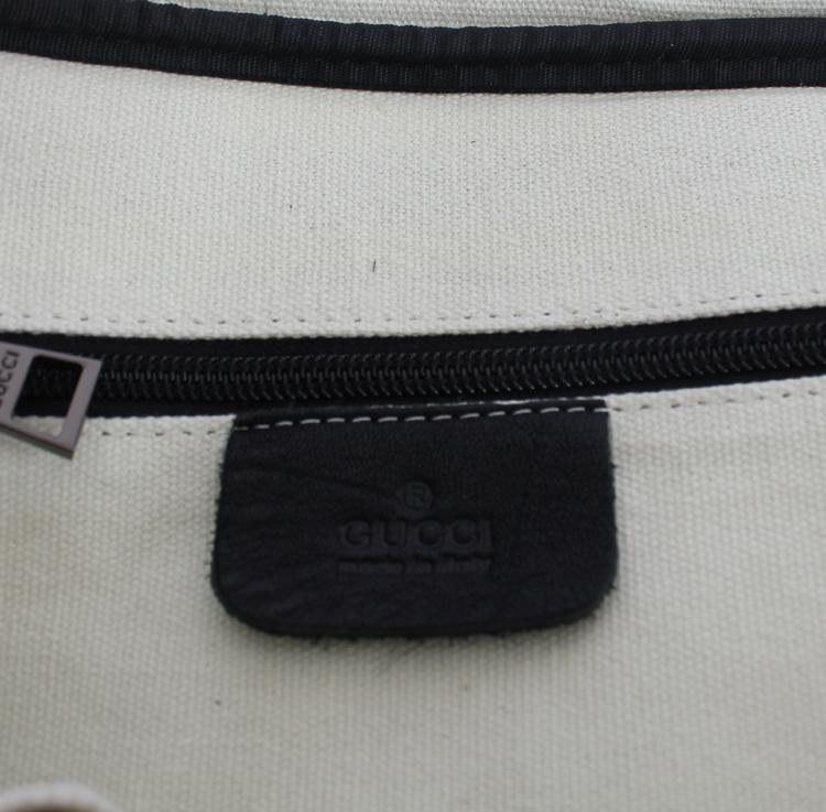 <b> ブラック 男性 ハンドバッグ メッセンジャーバッグ ショルダーバッグ GUCCIグッチ Gucciフルレザー 322053</b>