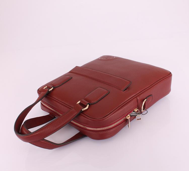 GUCCIグッチ 赤い 男性 ハンドバッグ メッセンジャーバッグ ショルダーバッグ Gucciフルレザー 322053