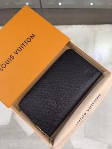ルイヴィトン LOUIS VUITTON M30513