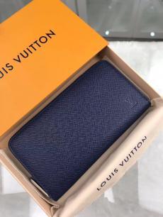 ルイヴィトン LOUIS VUITTON M32822