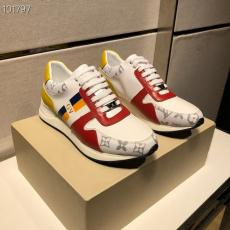 ブランド後払いルイヴィトン LOUIS VUITTON 定番人気靴レプリカ販売